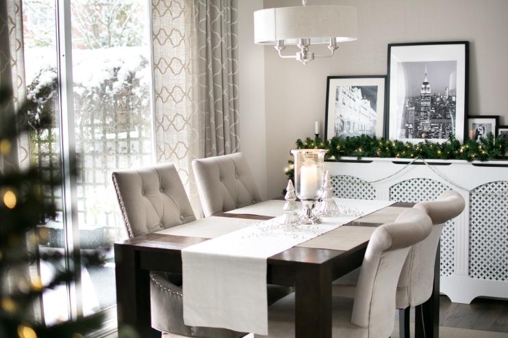 Snowy dining room