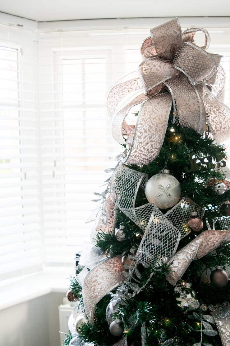 Christmas bow 2